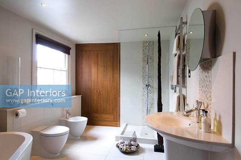 gap interiors modern bathroom with philippe starck sink image no 0029605 photo by
