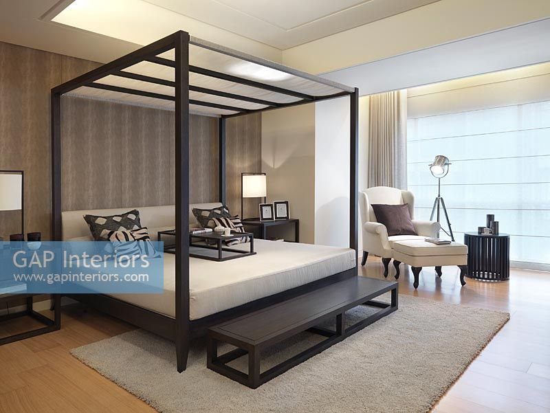 Gap Interiors Modern Four Poster Bed Image No 0033552