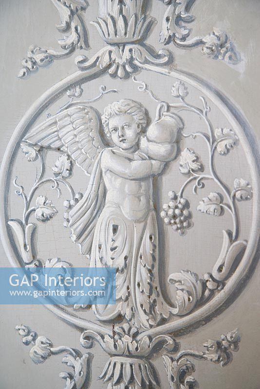 Gap Interiors Decorative Plaster Moulding On Wall Detail