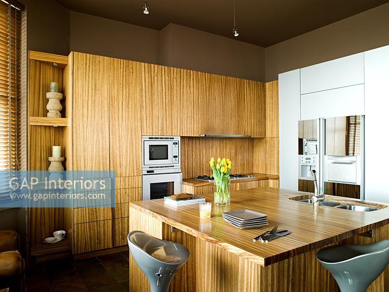 Gap interiors modern zebrano kitchen image no 0038331 for Kitchen design zambia
