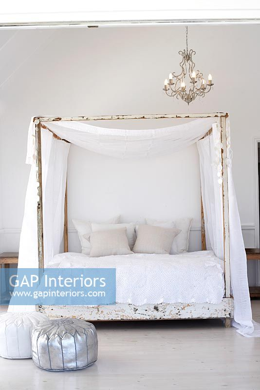 Gap Interiors Modern Bedroom With Four Poster Bed