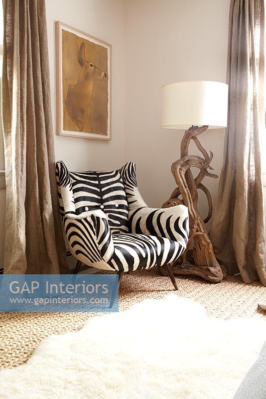 Incroyable Zebra Print Armchair
