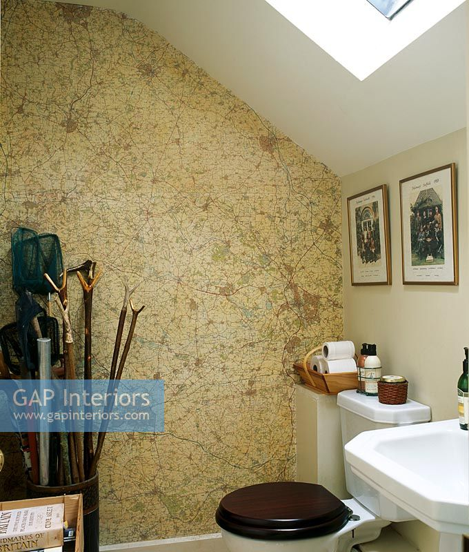 Classic Bathroom With Map Wallpaper