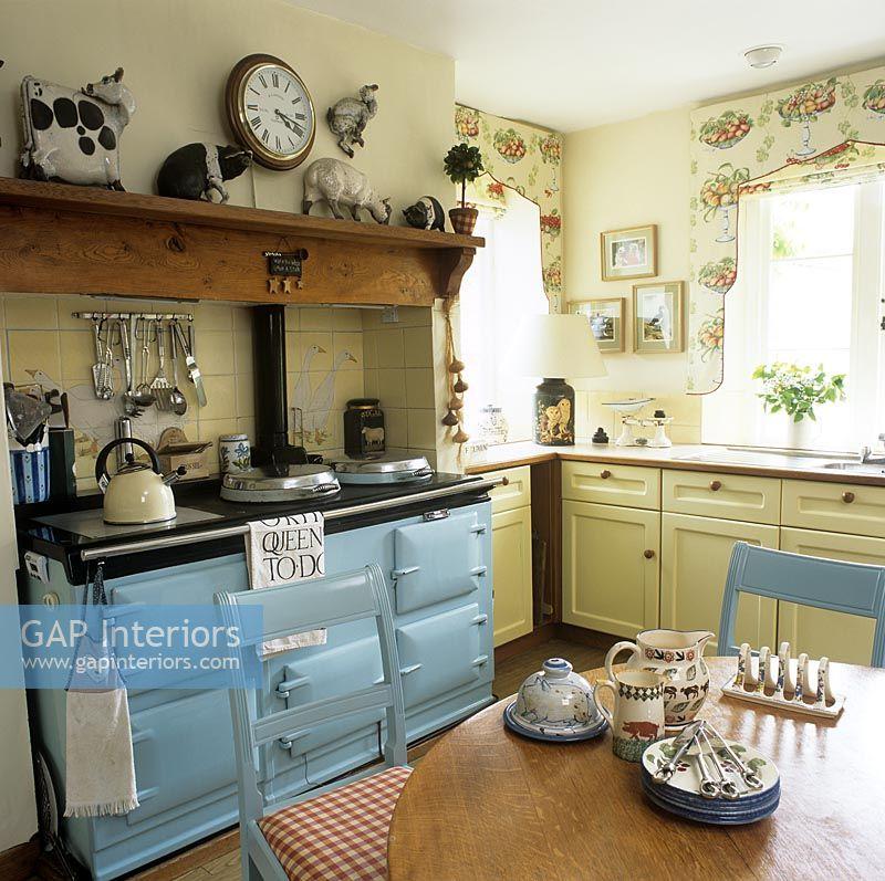 Kitchen Cabinets Zimbabwe: Modern Country Kitchen