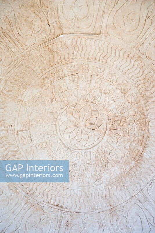 Patterns in plaster