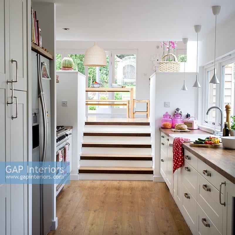 Modern Split Level Kitchen Diner