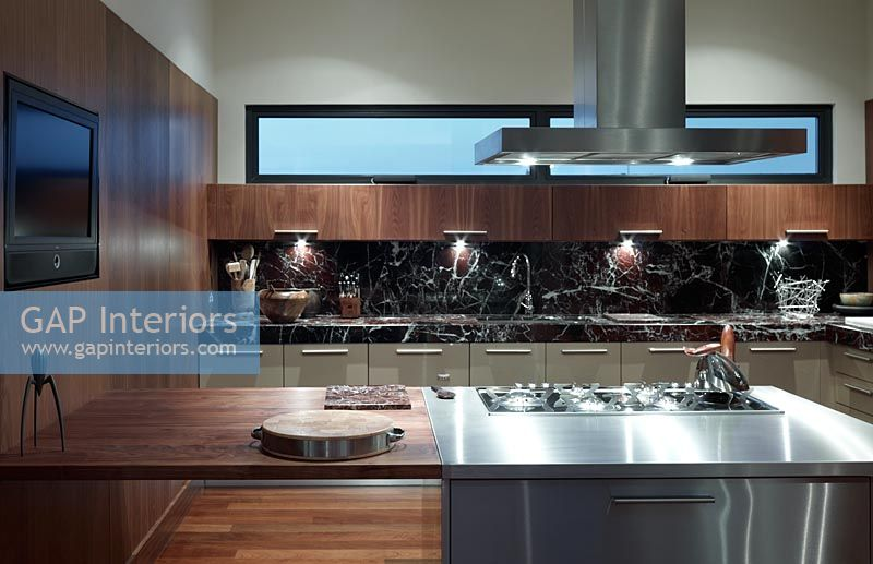 Gap interiors modern kitchen with marble splashbacks image no 0066031 photo by alistair - Glass splashbacks usa ...