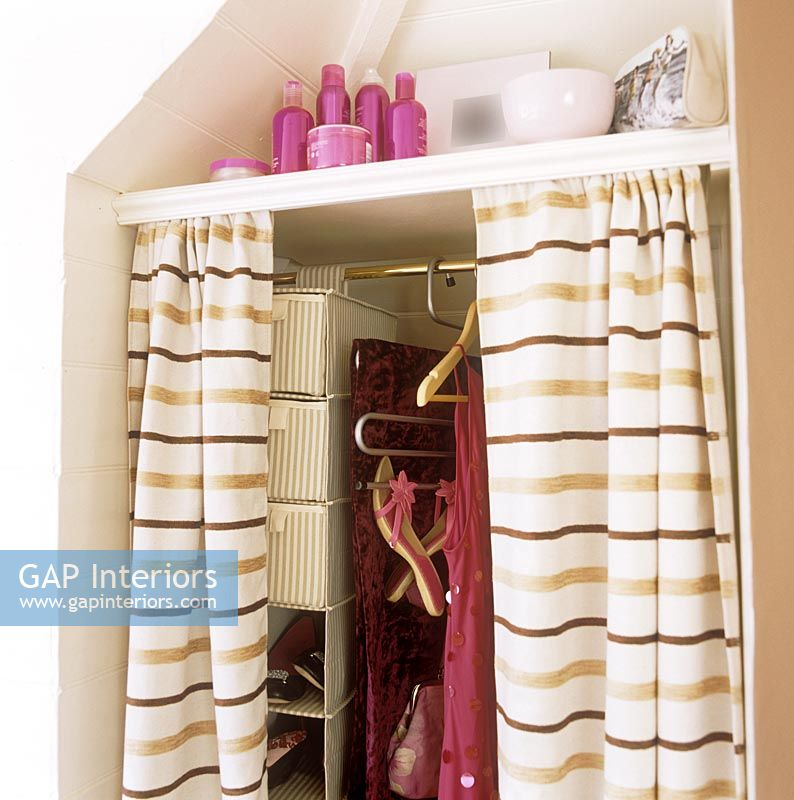 Alcove Wardrobe With Curtains