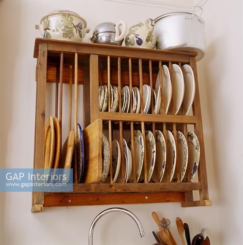 Wooden wall mounted plate rack & GAP Interiors - Wooden wall mounted plate rack - Image No: 0069082 ...