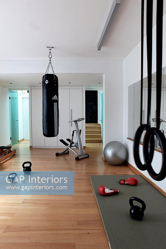 Home gym interior design valo i