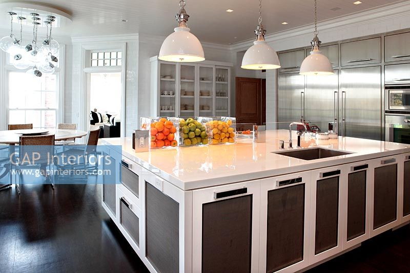 Modern kitchen diner