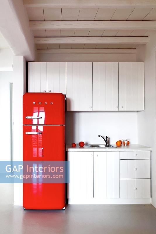 gap interiors modern kitchen with retro fridge image no 0081948 photo by costas picadas. Black Bedroom Furniture Sets. Home Design Ideas