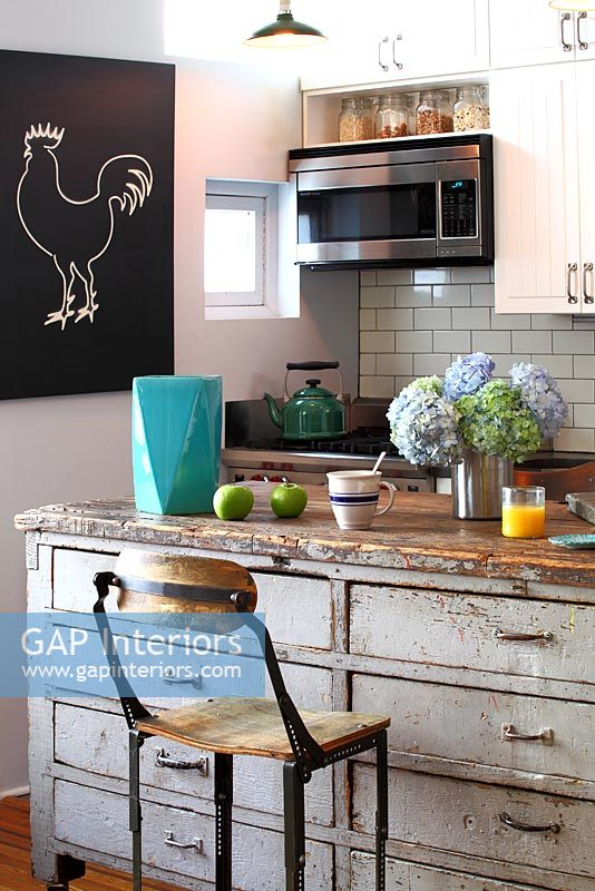 Gap Interiors Open Plan Kitchen Island Image No