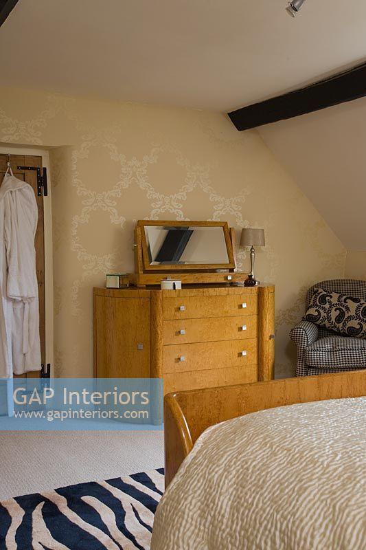 Gap Interiors Art Deco Style Bedroom Furniture Image No 0127335 Photo By Amanda Turner
