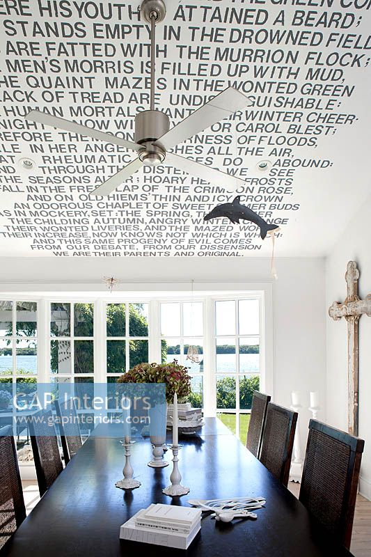 Feature ceiling in dining room