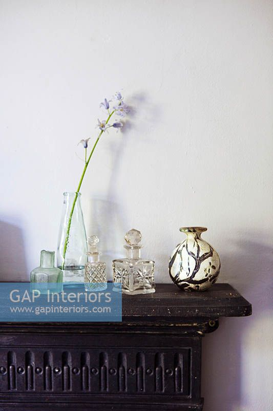 Accessories on mantlepiece