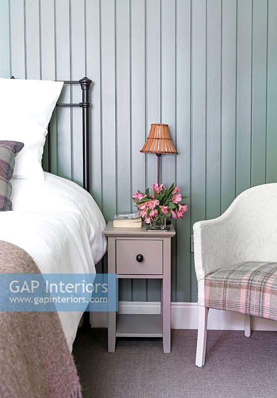 Country bedroom detail