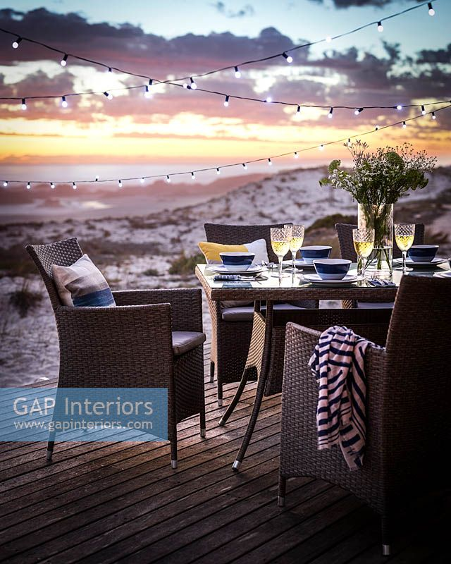 Dining alfresco on beach