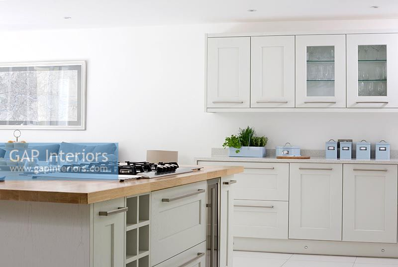 GAP Interiors Pale Grey Kitchen Units Image No Photo - Pale grey kitchen units