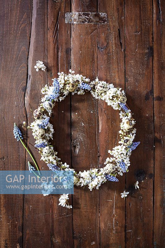 Wreath made from Muscari flowers and eggs