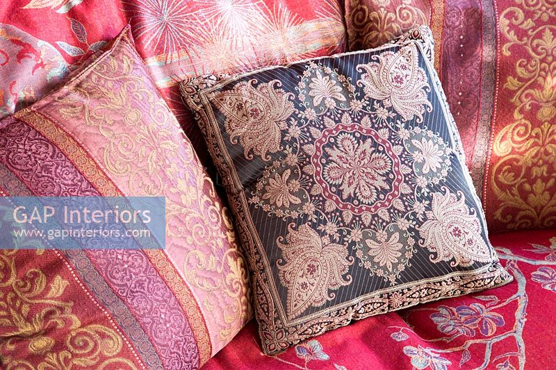 Patterned cushion covers and throw