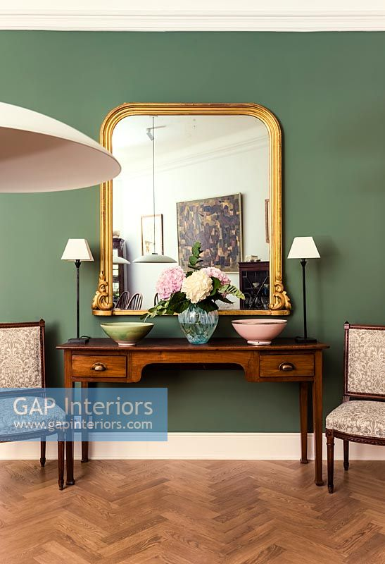 Classic console table and chairs