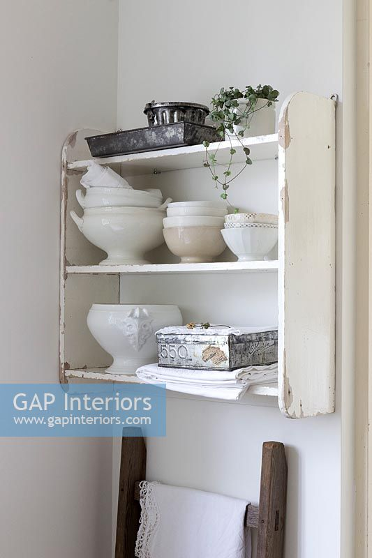 Country wall dresser