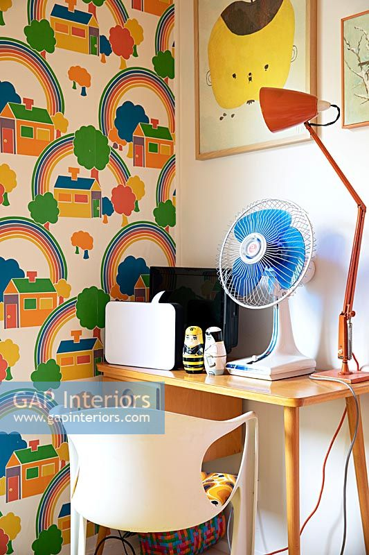 Retro childs bedroom detail
