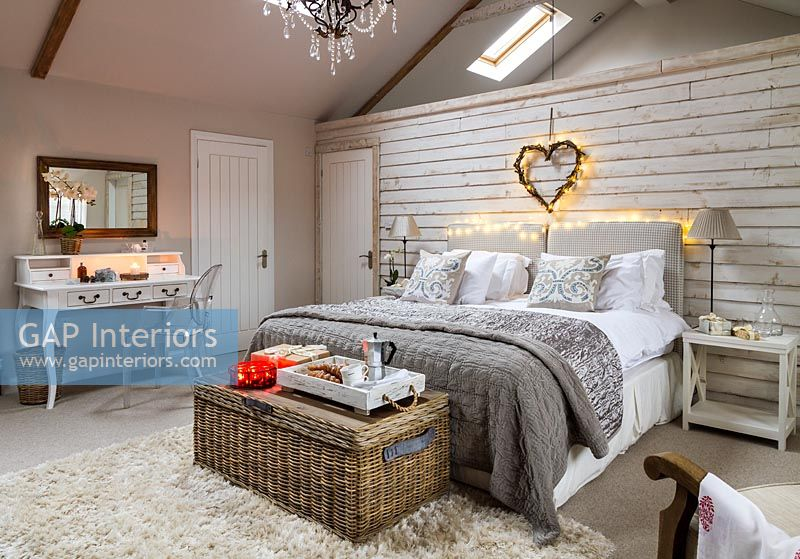 Country bedroom decorated for Christmas