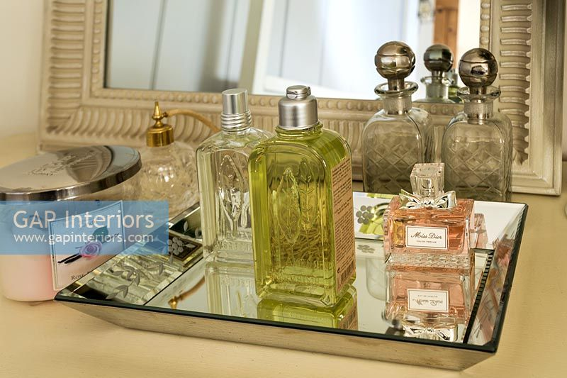 Dressing table detail