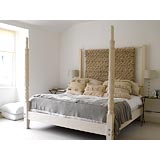 Modern bedroom 
