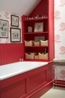 Country style red bathroom