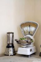 Retro blender and kitchen scales