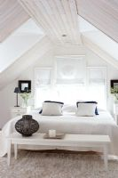 Compact bedroom in eaves