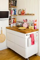 Freestanding unit in country kitchen
