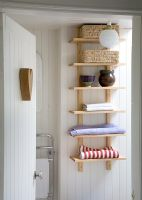 Country style bathroom storage
