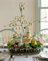 Easter decoration dining table centre piece