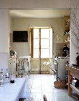 Classic kitchen-diner with french windows