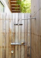 Outdoor shower cubicle