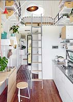 Compact kitchen with mezzanine