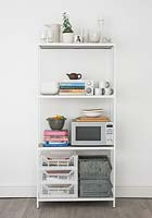 Freestanding kitchen shelves