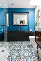 Colourful modern bathroom