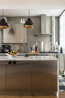 Metal kitchen units