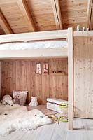 Childs bedroom with bunk bed