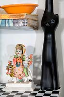 Black cat vase and ornament
