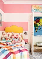 Girls bedroom detail
