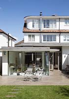1920s house with modern extension