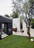 Single storey house and garden