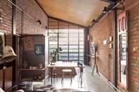 Small industrial open plan apartment