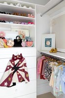Wardrobe and chest of drawers in childrens room